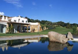 Verkauf Villa mit Pool Porto Rafael Palau Sardinien